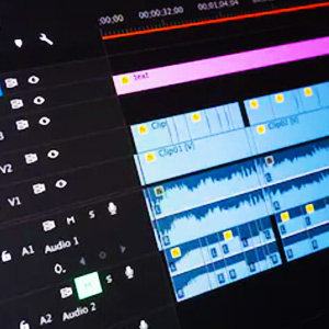 video-editing-editingTable-post-production-animatil
